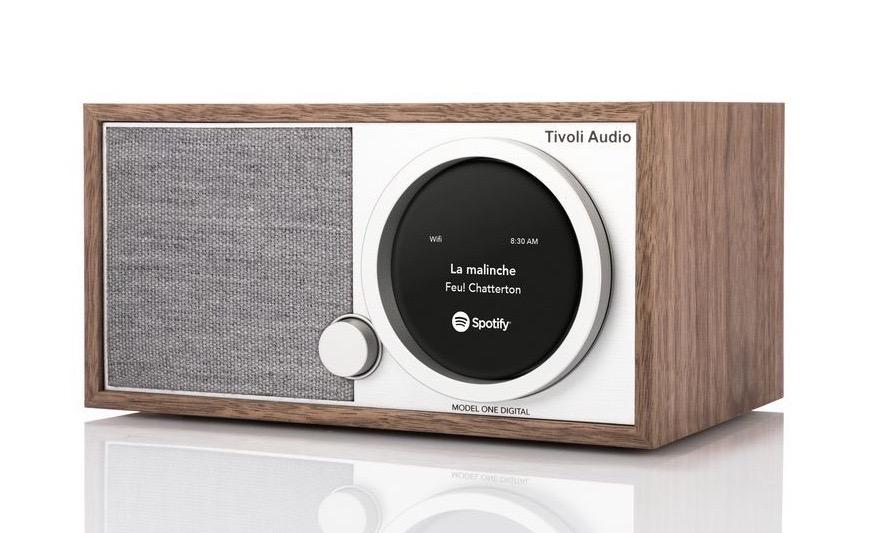 921e1badced299 Due le versioni: FM/Wi-Fi/Bluetooth Radio al prezzo di € 299 e  DAB/DAB+/FM/Wi-Fi Bluetooth Radio al prezzo di € 349.